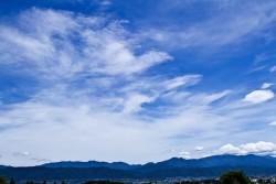 アルプスの山々景に移住