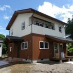 板張りの家 自然素材の家安曇野市 新築住宅完成